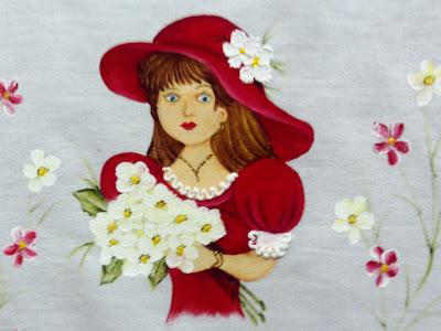 pintura em tecido boneca com vestido e chapeu vermelho
