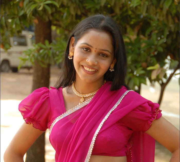 Priyanka Ultimate Navel Agllore