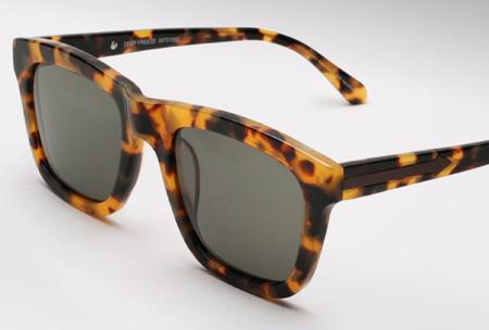 883bfd771b ... worn by Carolina in New York. Carolina Engman from Fashionsquad is  wearing a great pair of tortoiseshell Karen Walker Deep Freeze sunglasses.