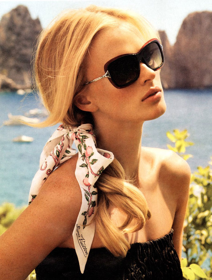 8cb6c8bf340 Poppy sunglasses from Louis Vuitton Resort 2011 collection