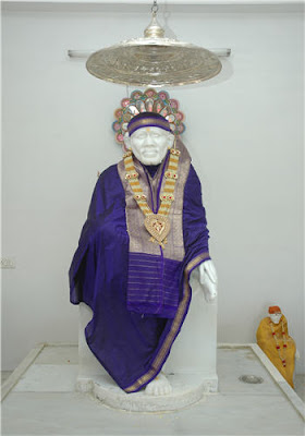 Sai Wallpaper Sai Baba Statue At Kelambakkam Sai Temple
