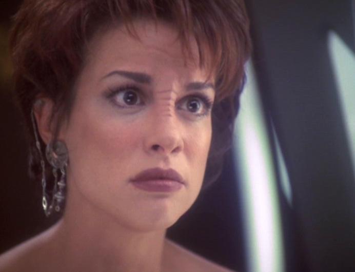 Niner's Paradise: Leeta's Bajoran Earring