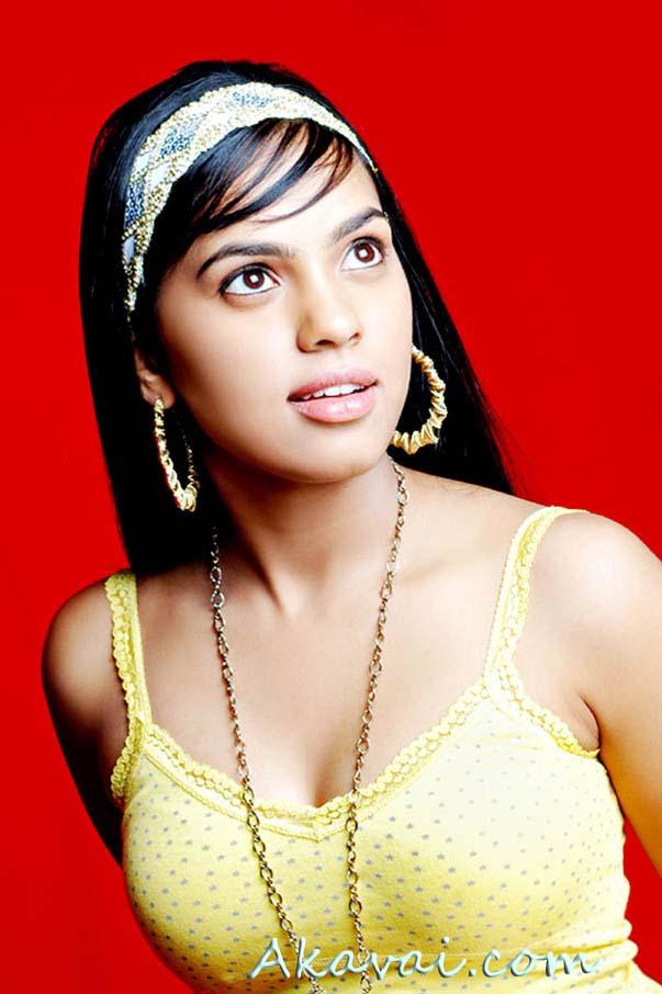 Latest Cinema News Hot Tamil Actress Shammu Wallpapers -2066