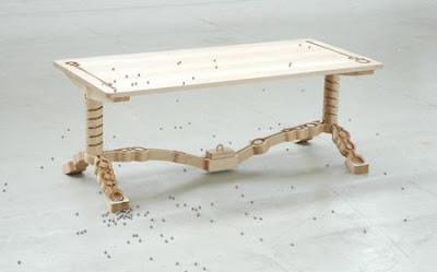 Masa cu design scandinavian