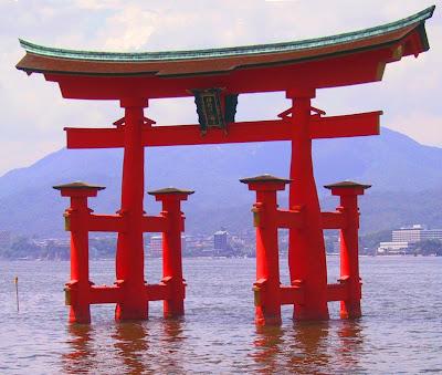 Epcot S Japan Pavilion Recreates Japanese Landmarks