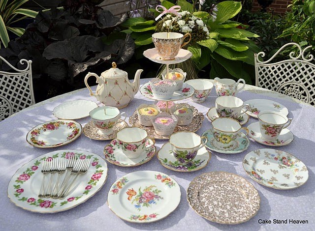 Cake Stand Heaven Shabby Chic Weddings And Tea Parties