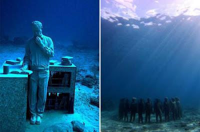 Patung Museum Bawah Laut