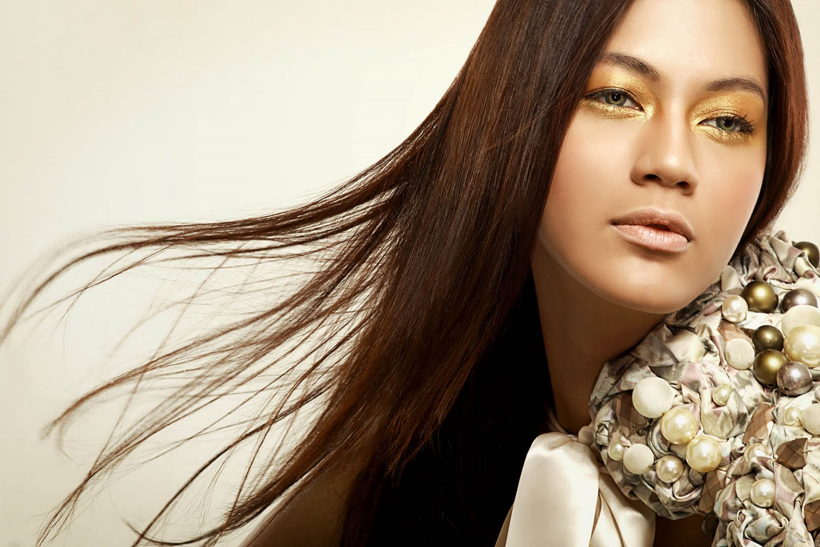 PAULA VERHOEVEN FOR Miss Universe INDONESIA 2012