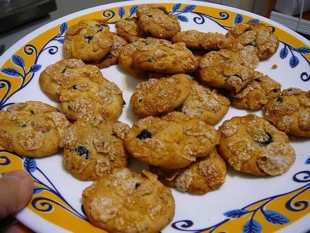 苦女流浪記: 【食譜】藍莓玉米片餅乾