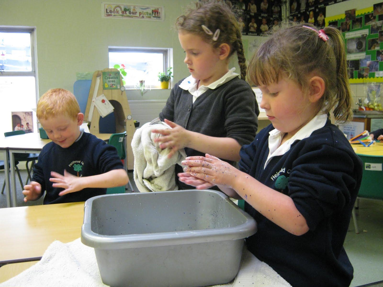 Year 1 Blog Spot Hand Washing Experiment