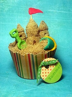 Sandcastle cupcake for Beach Birthday Party