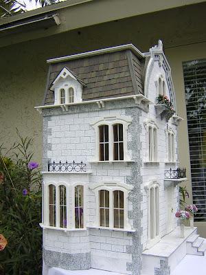 My Dream Dollhouse The Willowcrest By Robin Carey