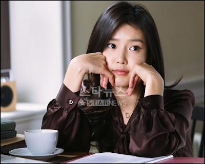 [Resim: Chae+Jung+Ahn+4.jpg]
