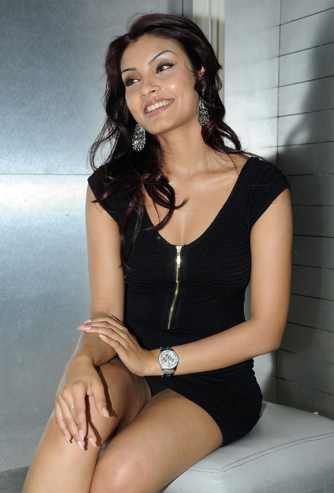 Rkee 4 Media Hot Dubai Model Rehana Photo Gallery Actress Image Gallery-2523