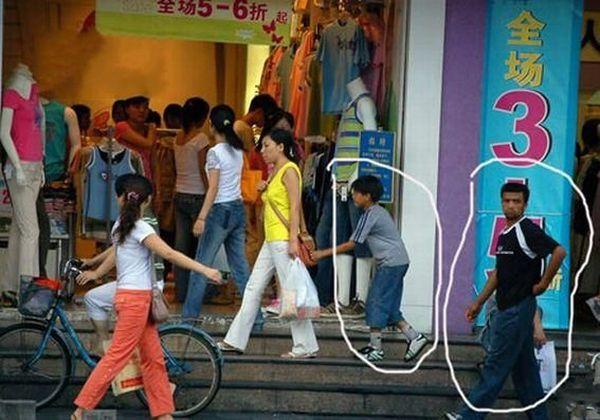 Foto Aksi Pencopet Di China Yang Terpotret Kamera - 17