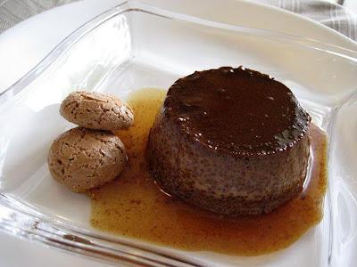 17+Paprika+na+Feijoada Odete ramequim - >Budino al cioccolato e amaretti