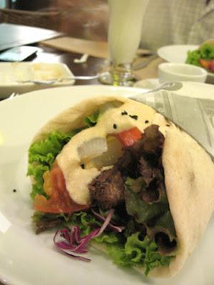 Kebab+Salonu Shish+Kebab+de+Alcatra bx - Kebab Salonu - muito mais do que o Salão do Kebab
