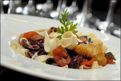 Bistr%C3%B4+Charl%C3%B4 - >Duas semanas para comer em mais de 100 restaurantes