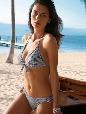 Resultado de imagem para chicas hermosas playas espanã