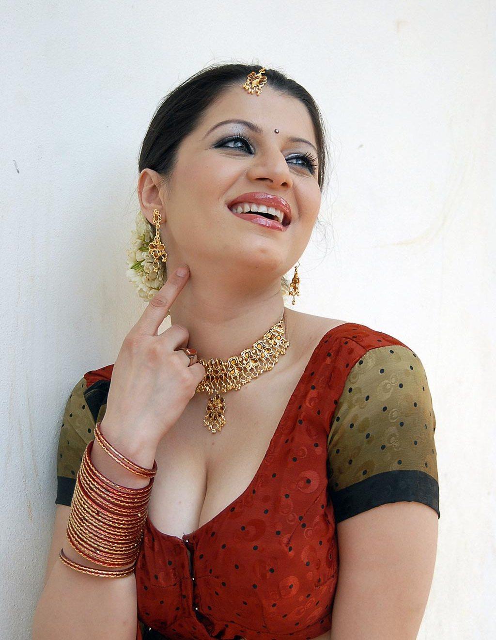 Actress  Actors Tamil Actress Charu Arora Hot Stills-5829