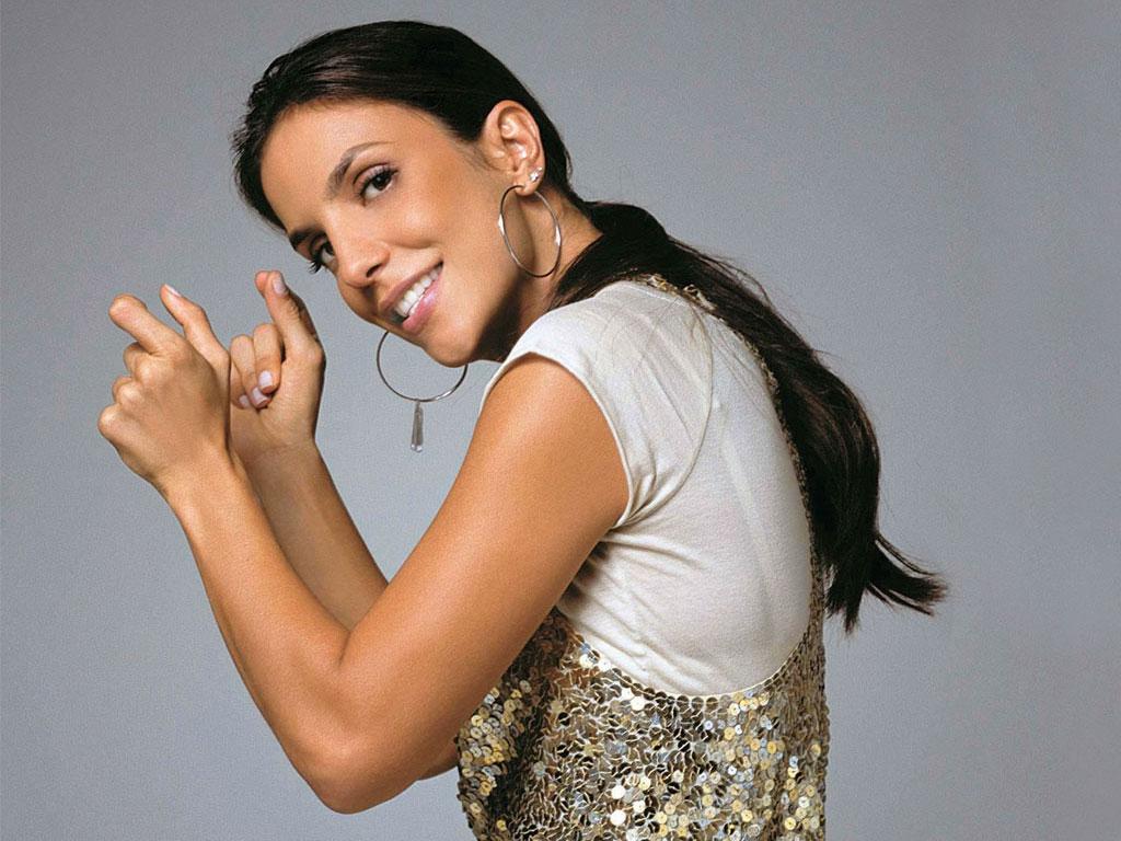 681a005bd A cantora Ivete Sangalo é uma das queridinhas dos internautas do Portal  CARAS e a sua popularidade foi confirmada nas enquetes de Melhores do Ano.