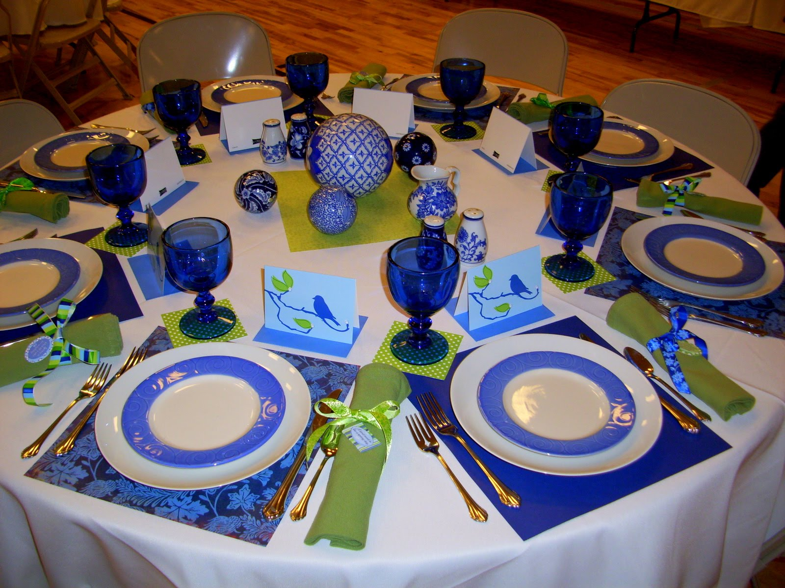 Restlessrisa Table Top Tuesday Paper Placemats