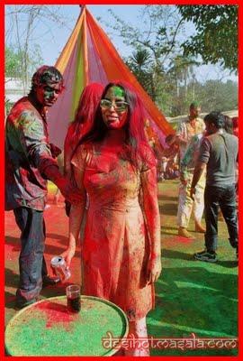 Indian Actress Sexy Girls Holi