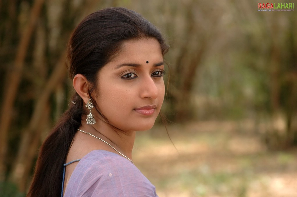 actress meera jasmine photos
