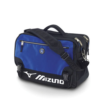 A gear bag for carrying your golf shoes ebb0befa29281