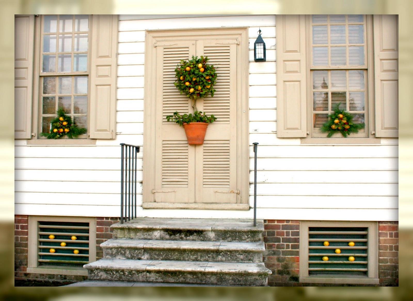 Living In Williamsburg, Virginia: Christmas Topiary ...