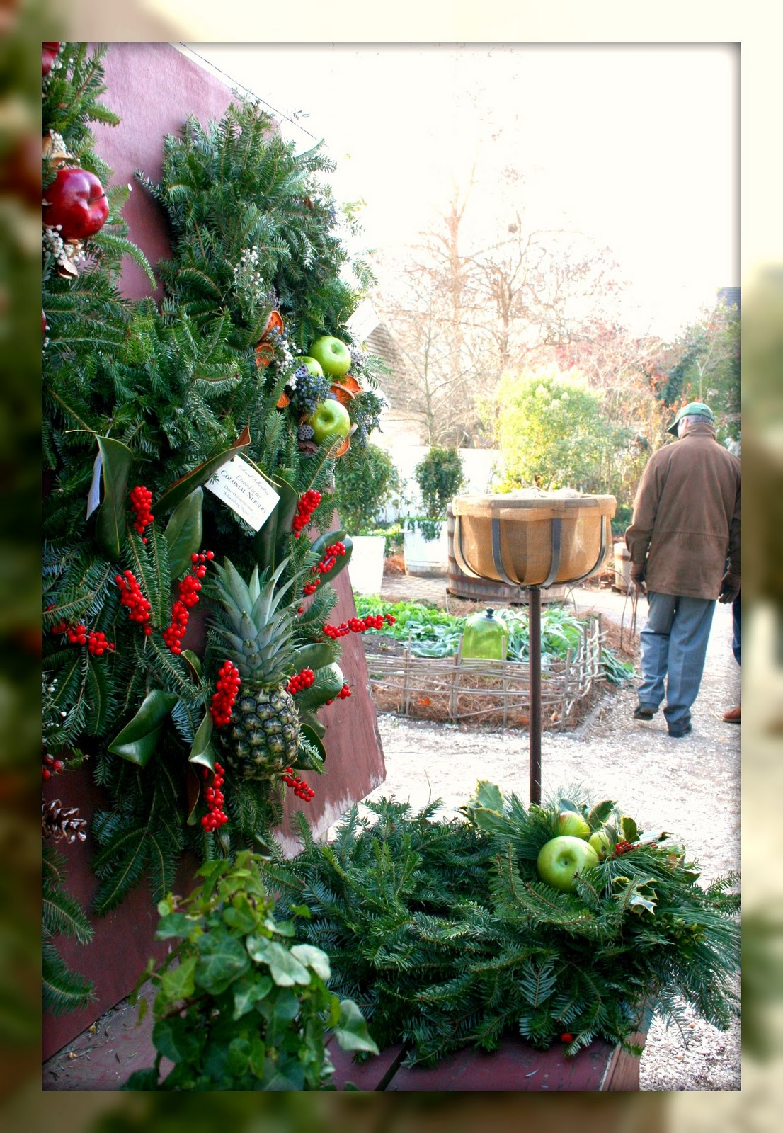 Living In Williamsburg Virginia Christmas In The