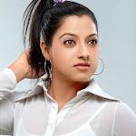 Keerthi Bhumia Juhi : Chawla Actress Photos