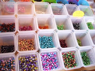 Un paio di orecchini di perle ... fai da te