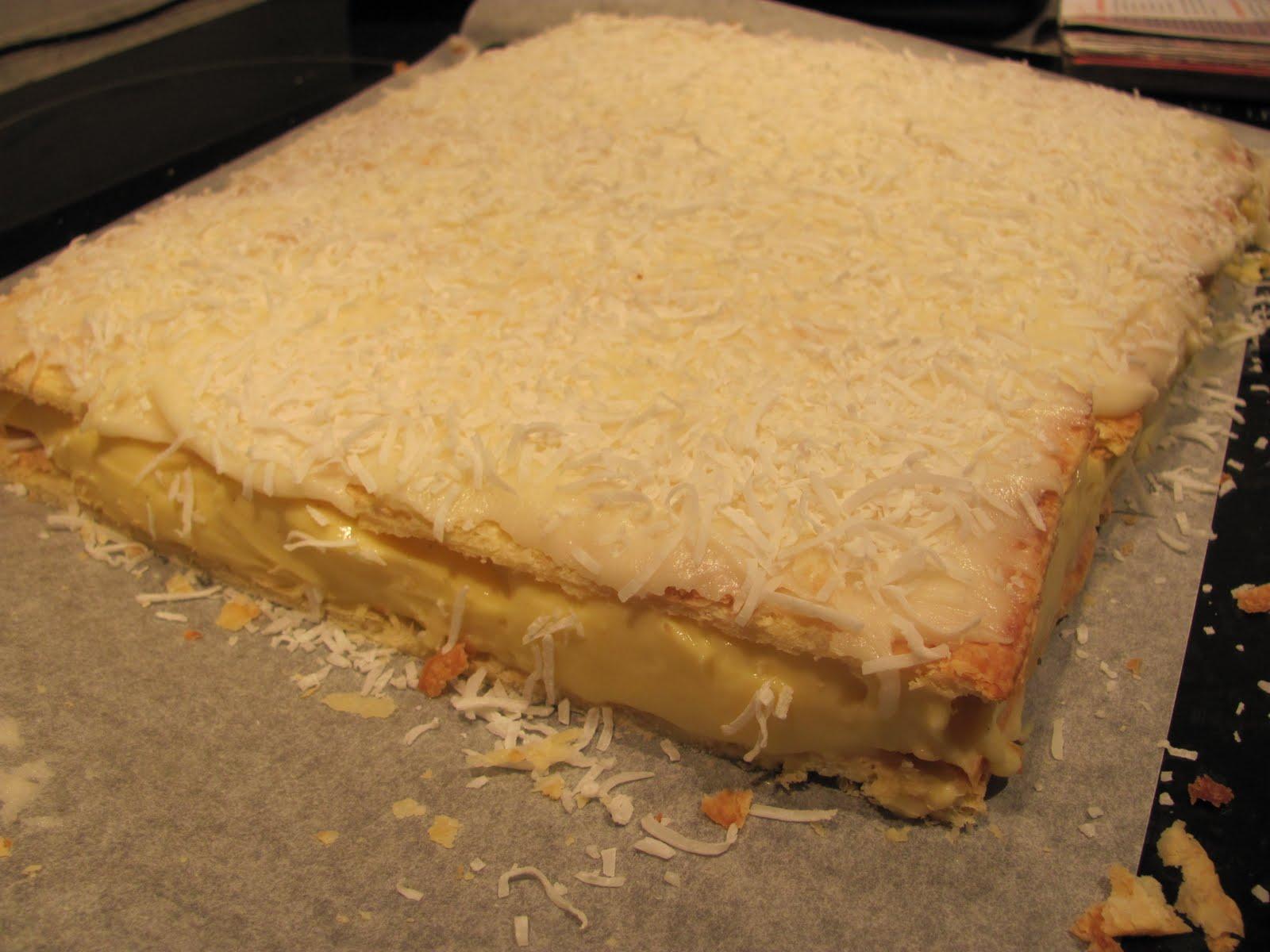 Mrs Cake: The Ultimate Custard Square Hunt - Edmonds Cookbook