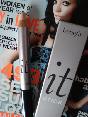 Glamour Mag Benefit free gift