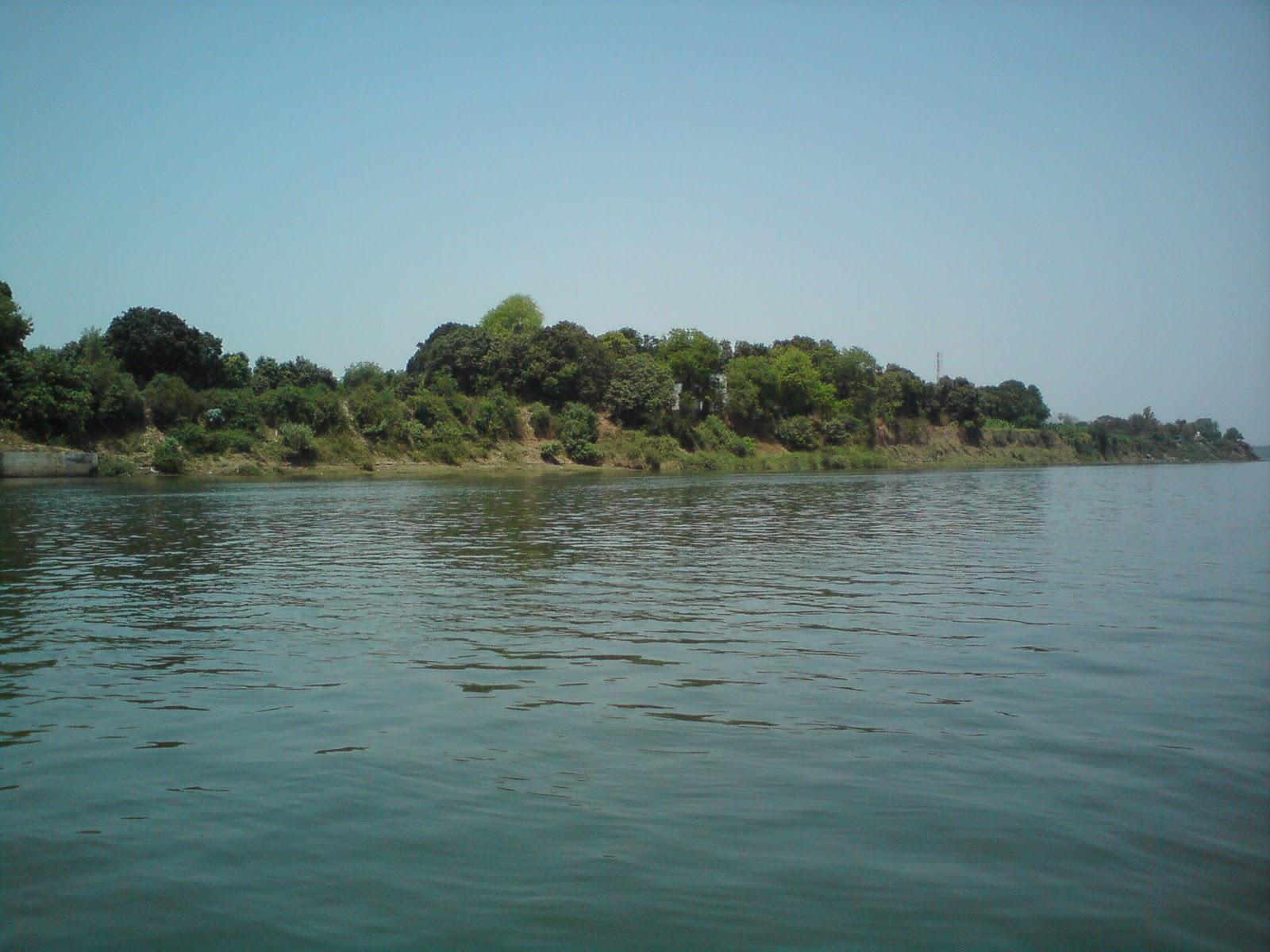 On the banks of River Narmada - Shuklatirth | My Yatra ...