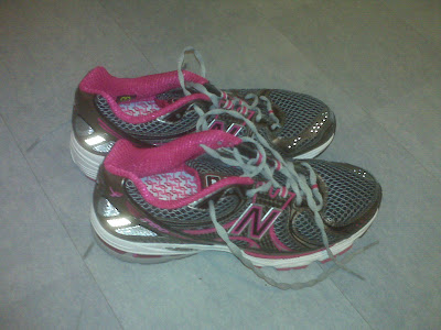 Stretching Running Shoes Lengthwise