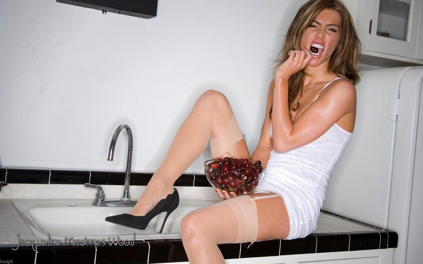 Larissa riquelme having sex