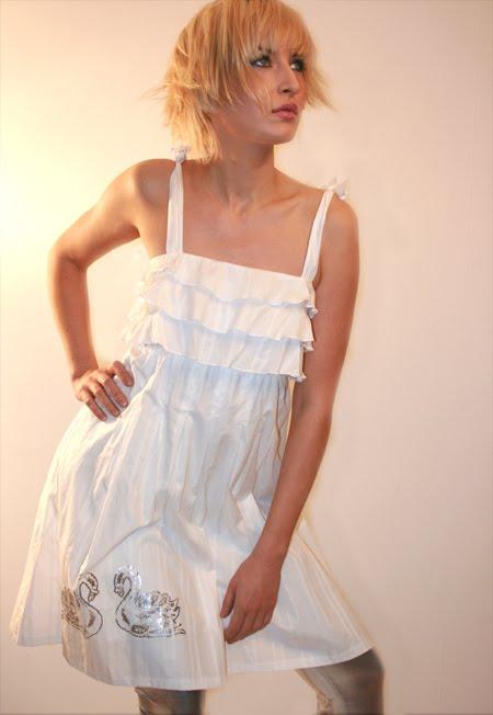 Latest Fashionable Dresses: May 2010