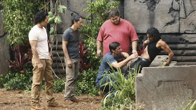 Lost - What Kate Does - Daniel Dae Kim as Jin-Soo Kwon, Ken Leung as Miles Straume, Jorge Garcia as Hurley Reyes, Matthew Fox as Jack Shephard and Naveen Andrews as Sayid Jarrah