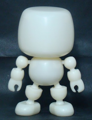 Shocker Toys - Blank DIY Mallow Vinyl Figure