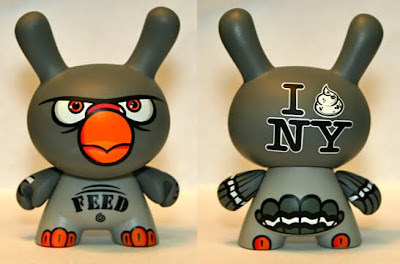 Kidrobot - Dunny Series 2009 Golden Ticket PON Pigeon Dunny Front and Back