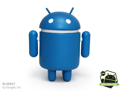 Android Series 02 - Bluebot Vinyl Figure by Google, Inc.