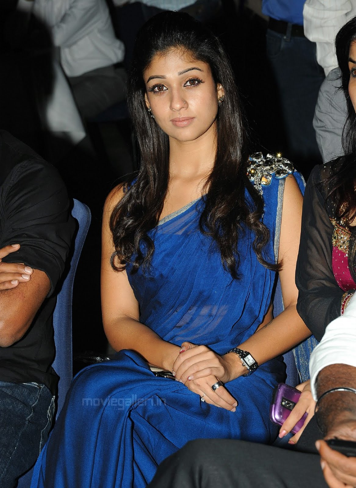 Film Actress Hot Pics Nayanthara Sexy In Sleeveless Blue -3343
