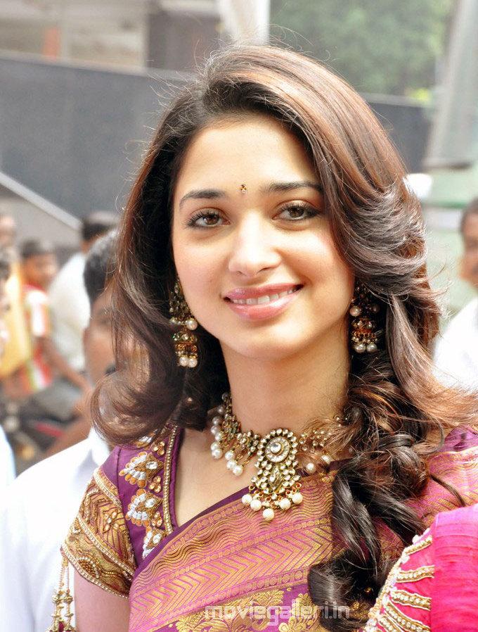 Tamanna in Silk Saree Stills Tamanna Traditional Saree ...