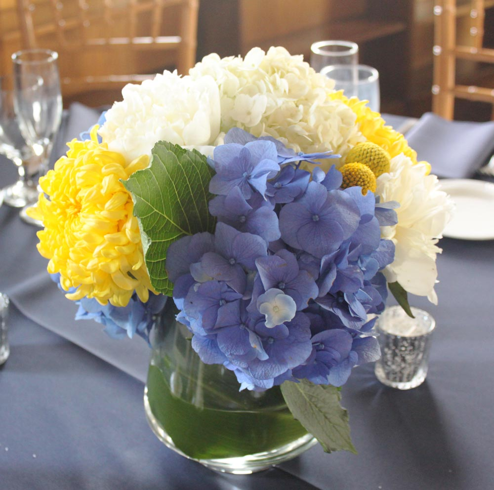 Beach Wedding Flowers: Brittany Stiles: Redondo Beach Wedding Flowers