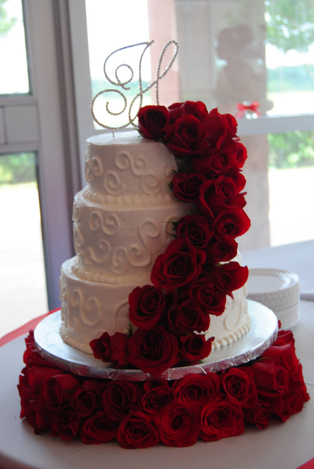 wedding cake with fresh red roses breezie s cakes fresh wedding 26895
