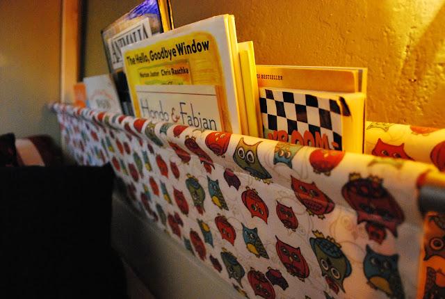 Hanging Cloth Bookshelf