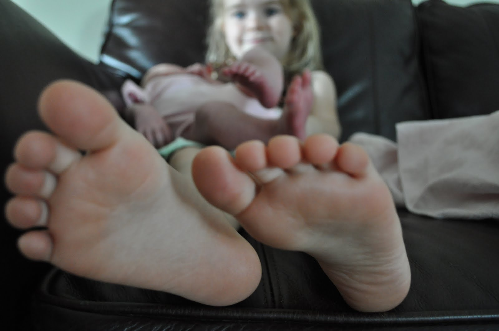 Teen smelling her feet after partying 4