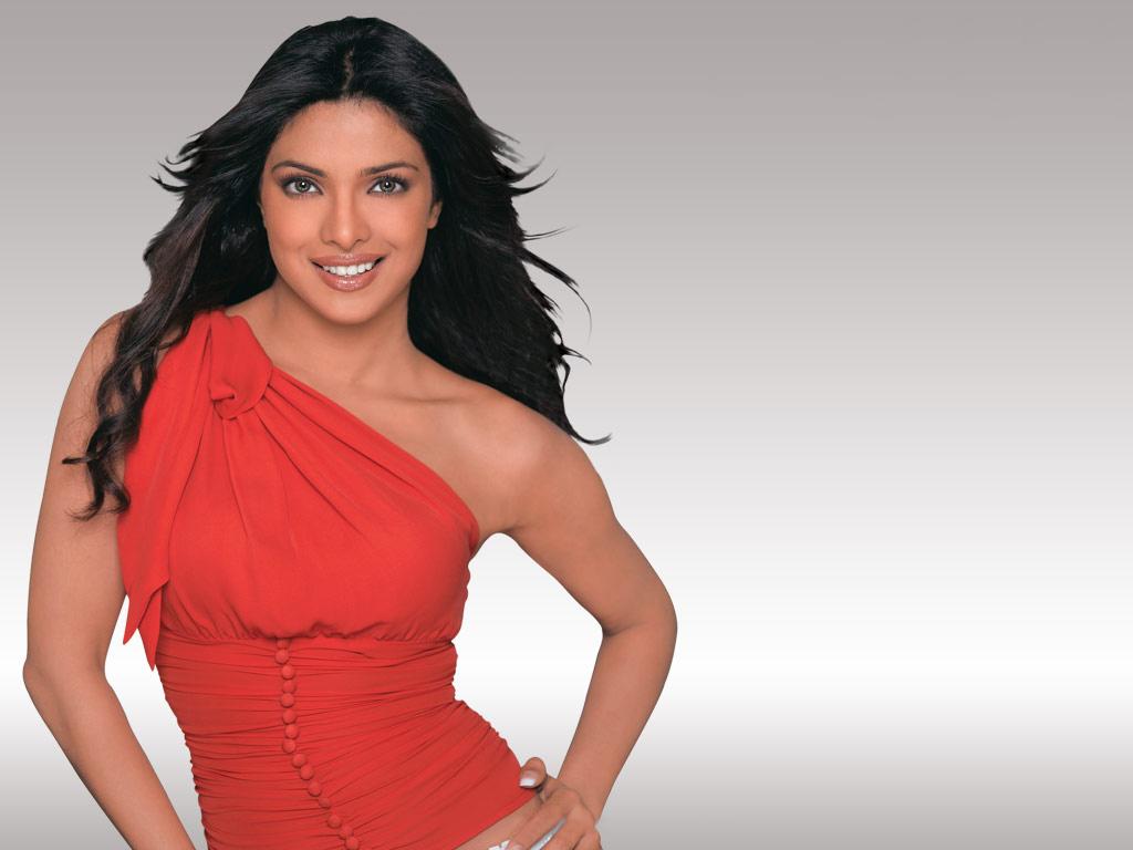 Film Actress Photos Priyanka Chopra Latest Hot Photos-6501